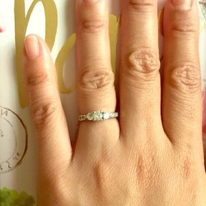 Sterling silver 3 stone CZ ring size 5